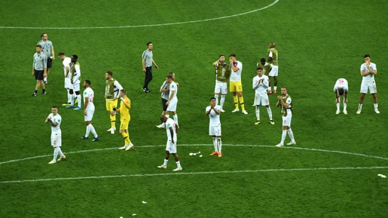 England supporters serenade players with rousing rendition of 'Don't Look Back in Anger'