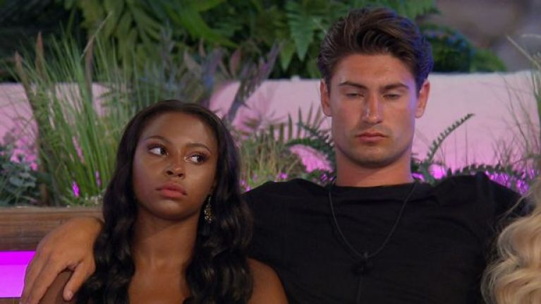 Frankie reveals that he spent a night in the Hideaway with Samira