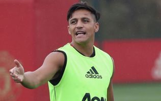 US authorities refuse Alexis Sanchez entry to country, plunging preseason into disarray