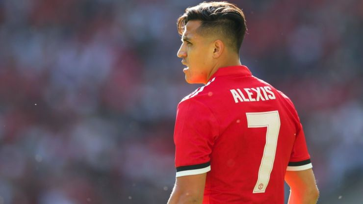 Manchester United confirm Alexis Sanchez will join US tour after visa delay