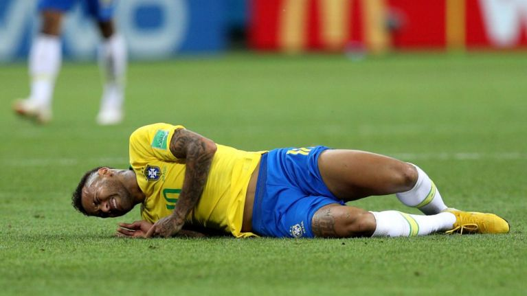 """""""It is painful, it hurts."""" - Neymar hits back at 'diving' claims"""