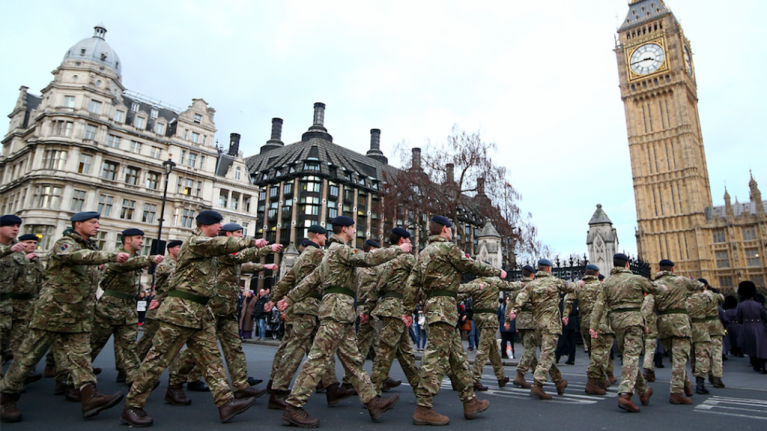 """Army """"on standby"""" to deliver food and medicine if """"no deal"""" Brexit happens"""