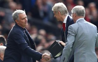 Arsenal and United fans are not happy about the friendly pre-game exchanges between players in the tunnel