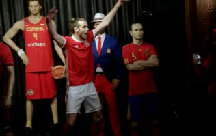 Gareth Bale scares tourists by posing as Madame Tussauds waxwork