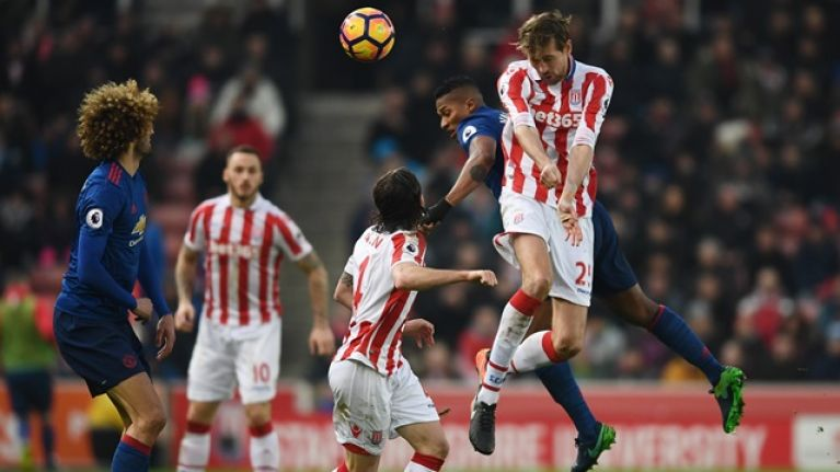 Peter Crouch jumps to the defence of Manchester United