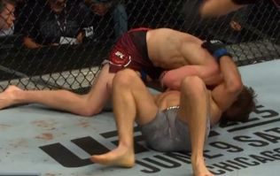 Arnold Allen refuses to give in and chokes his way to stunning victory