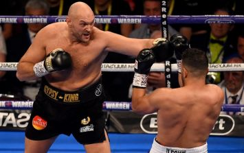 Tyson Fury forces opponent to quit on his stool on return to the ring