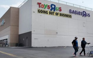 Photos of Geoffrey the Giraffe leaving an empty Toys R Us store are utterly heart-breaking