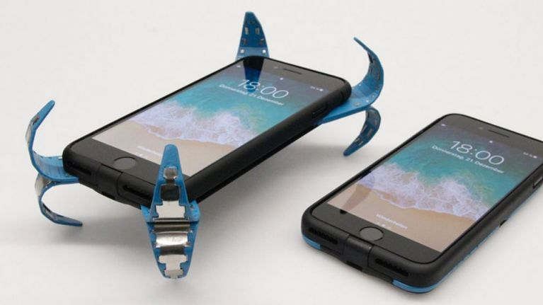 This 'airbag' for your mobile phone will prevent the screen from ever smashing