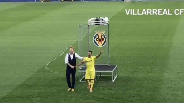 WATCH: Santi Cazorla the star of the weirdest transfer unveiling ever seen