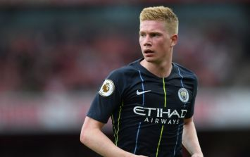 Kevin De Bruyne suffers 'knee ligament' injury in training