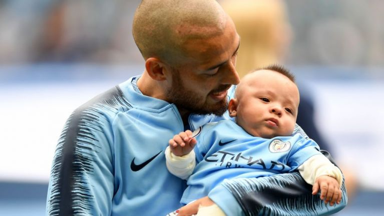 David Silva brings son Mateo onto pitch prior to Huddersfield match