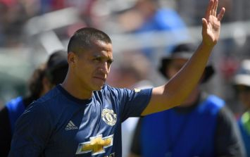 Alexis Sanchez deletes tweets after furious reaction from Manchester United supporters