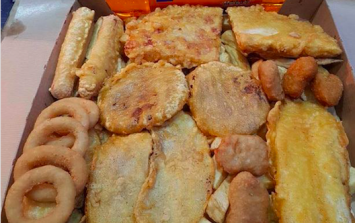 Britain's unhealthiest takeaway meal is this 7,000 calorie box of nonsense