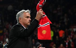 Gary Neville believes Manchester United should see out José Mourinho's contract through to the end