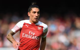 Hector Bellerin calls out Daily Mail article for telling lies about him