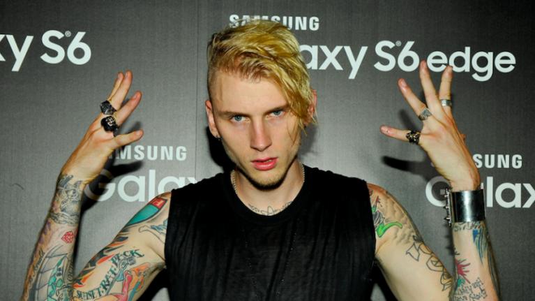 Machine Gun Kelly tweet from 2010 about Eminem goes viral after 'Killshot' release