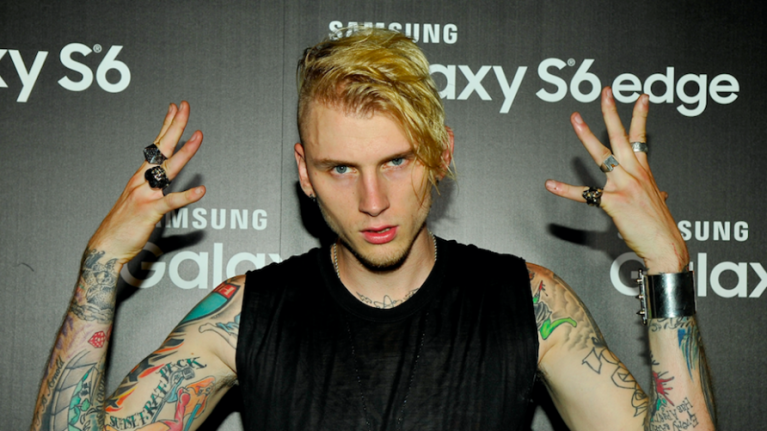 Machine Gun Kelly tweet from 2010 about Eminem goes viral after 'Killshot' release