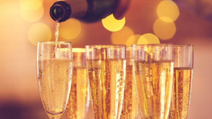 Aldi are now selling 'hangover free' prosecco for £8 online