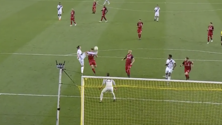 WATCH: Zlatan Ibrahimovic scores with roundhouse kick to bring up 500th career goal