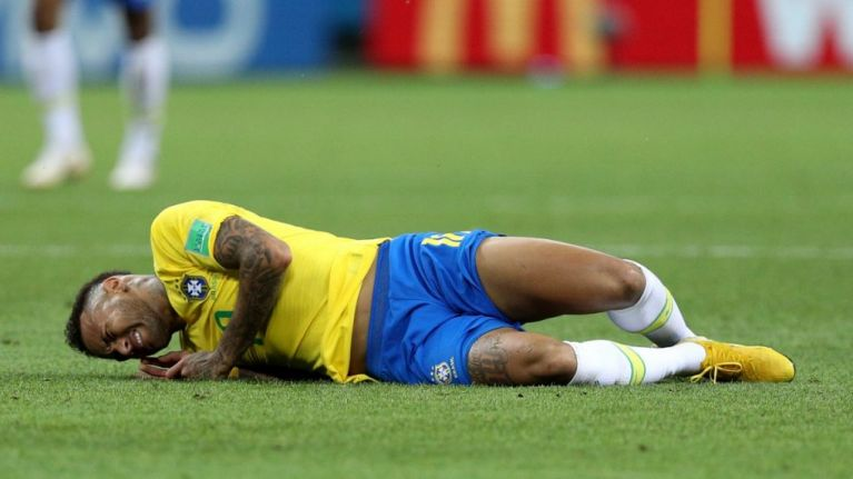 Jurgen Klopp praises Neymar's 'smart' play-acting in build up to PSG clash