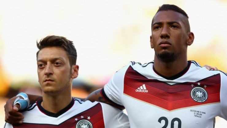 Jérôme Boateng says fear of fan backlash prevented Germany players from defending Mesut Özil