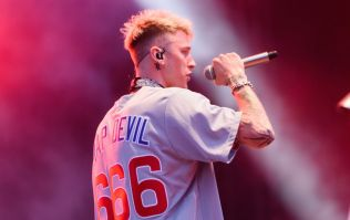 """Machine Gun Kelly calls Eminem liar and an """"old dumb ass"""" in new interview"""
