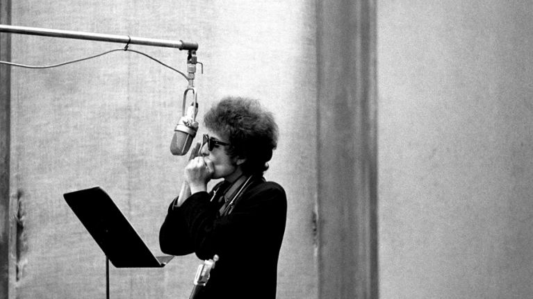 Rare and never before seen images of Bob Dylan to be released in new book
