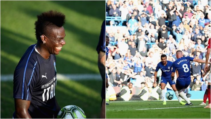 Manchester United mocked by Mario Balotelli for conceding late goal to Chelsea
