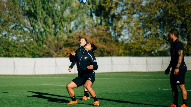 All Blacks test out their football skills with a little help from the F2 Freestylers