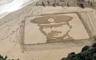 British beaches transformed in Remembrance Day tribute to fallen soldiers