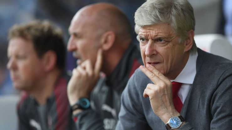 Arsene Wenger 'advises Paris Saint-Germain to move for Aaron Ramsey'