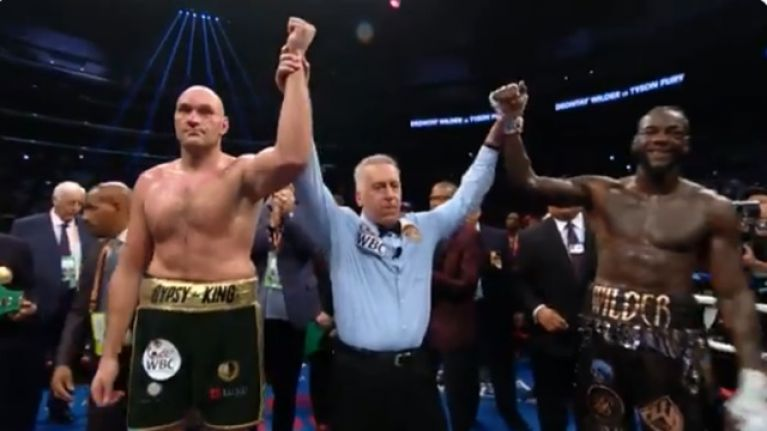 Fury and Wilder fight to draw in Los Angeles