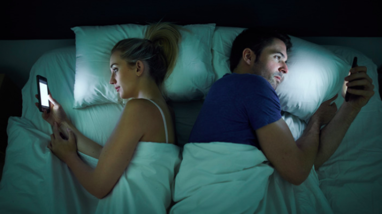 It can take 60% longer to get to sleep if you use your phone before bed