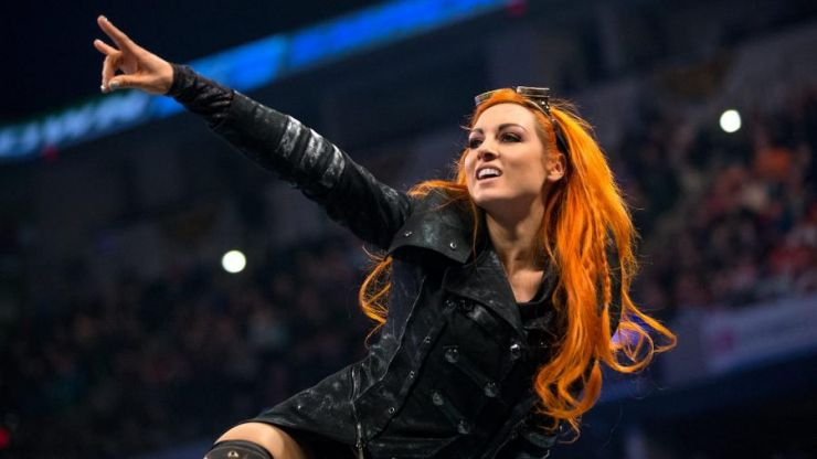 WWE star runs to assist fan suffering a seizure at signing event