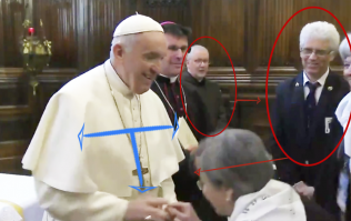 A post-match analysis of Pope Francis vs people trying to kiss his ring