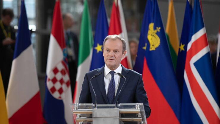 Donald Tusk says EU cannot 'betray' Remainers who are not 'represented by the UK government'