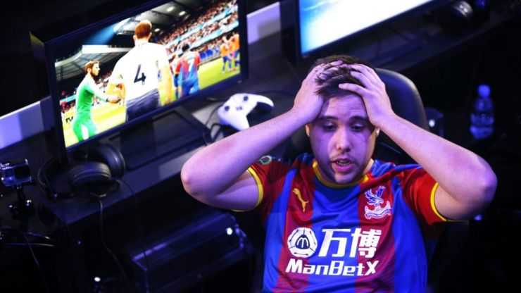 I played two of the best FIFA 19 players in the world and this is what happened