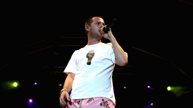 The Streets' Mike Skinner dislocates shoulder after crowdsurfing at homecoming gig