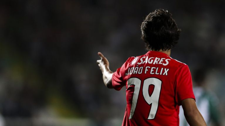 Manchester United reportedly battling Liverpool for Benfica starlet Joao Felix