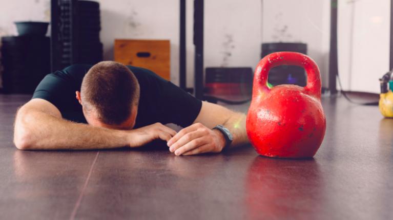 The most dangerous gym exercises to avoid - plus safer alternatives