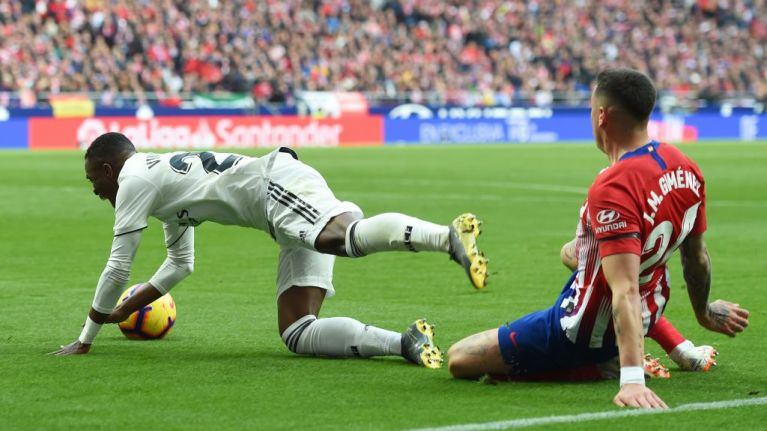 Atlético Madrid's Twitter account fires shots at referee after controversial penalty decision