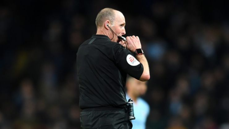 Mike Dean hid the match ball from Sergio Aguero because he is Mike Dean