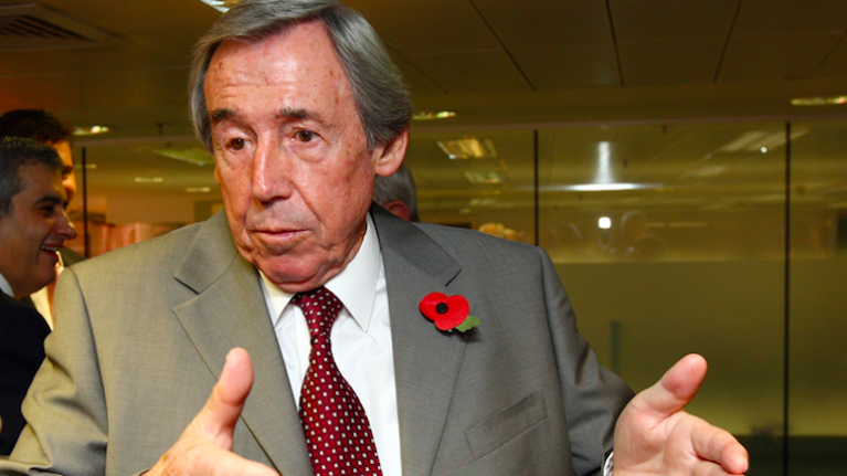 Legendary England goalkeeper Gordon Banks dies, aged 81