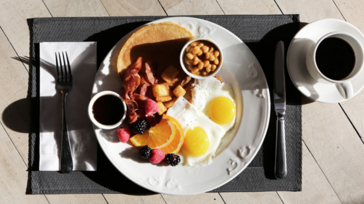 Skipping breakfast has been proven to leave you weaker in the gym