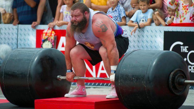 One of the world's strongest men says 'you shouldn't do deadlifts'