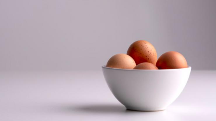 Vegan food blogger claims eating eggs is worse than smoking