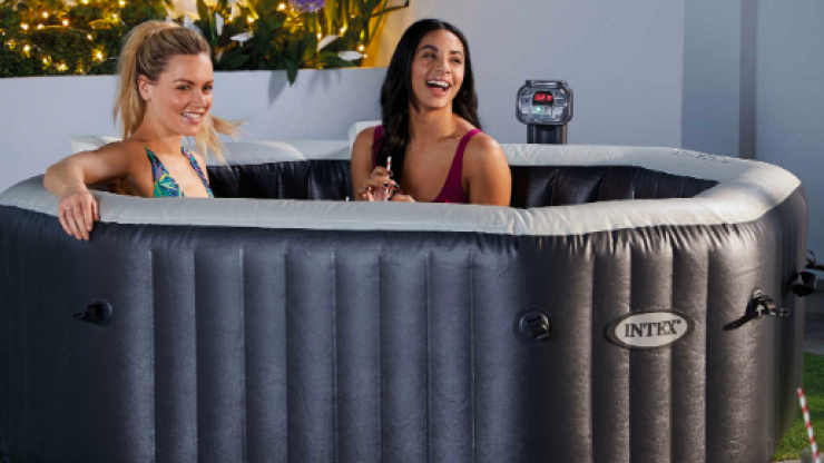 Aldi are selling a four-person hot tub that's an absolute bargain