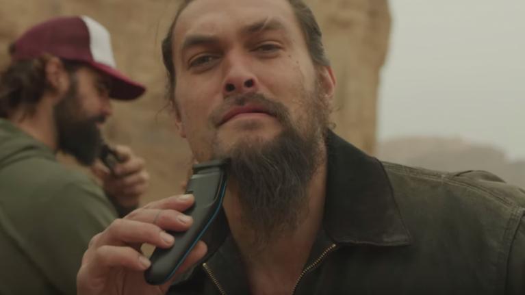 Jason Momoa shaves off the beard that sent a khalasar across the Narrow Sea