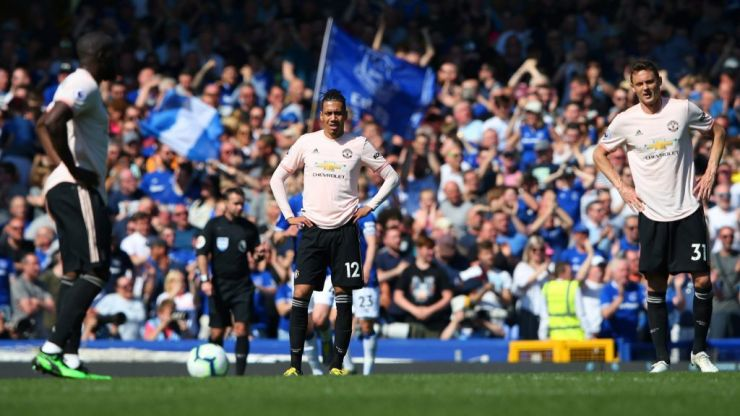 Man Utd humiliated in thrashing by Everton